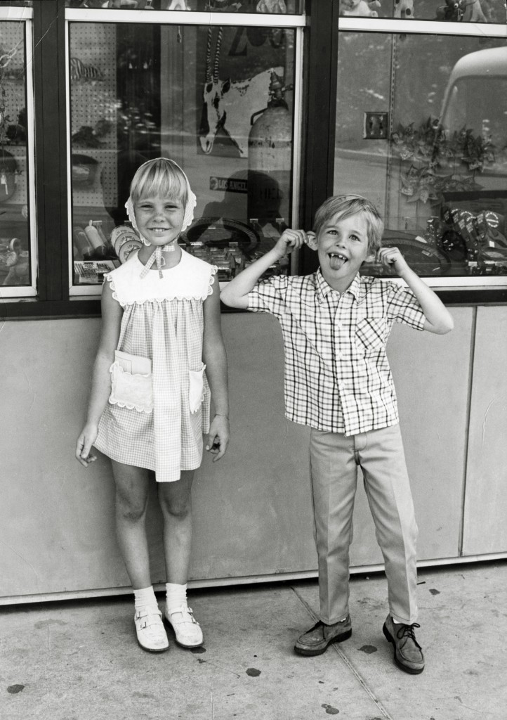 Kellie and Harlen in 1968. (Photographer: Ivan Nagy. Adam Gerace private collection).