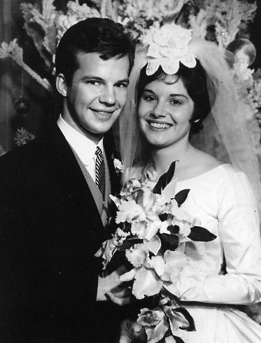 Bobby and Karen on their wedding (Photo: Bobby Vee official website).
